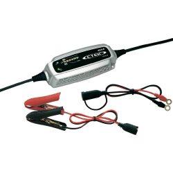 CTEK XS 0.8 autó akkumulátor töltő karbantartó